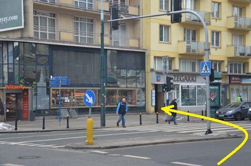 Badania dla kierowców - wejście do prześwitu bramowego przy sklepie ZEGARKI